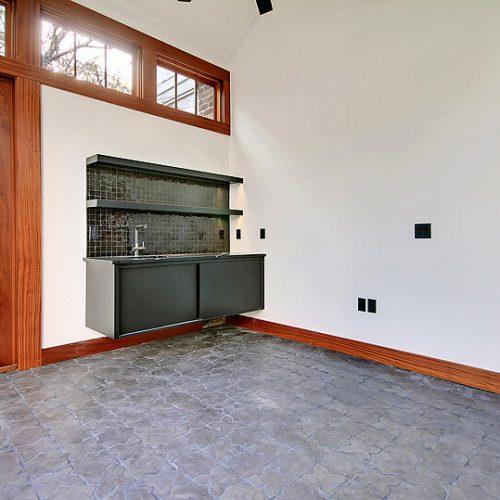 garage with sink