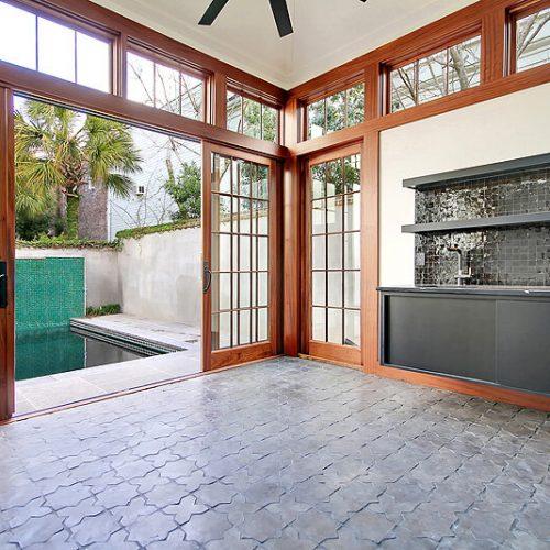 outdoor garage sink